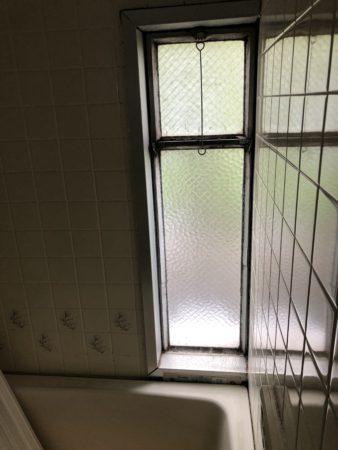公団タイプ浴室窓既存